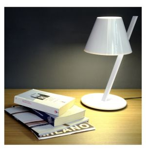 La Petite Table Light