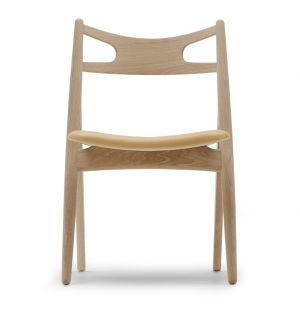 CH29 Sawbuck Chair Soaped Oak & Leather