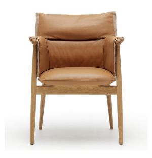 E005 Embrace Dining Chair Oak & Leather