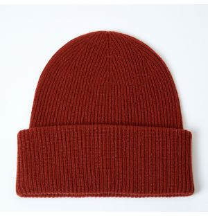 Ribbed Cashmere Beanie in Harissa