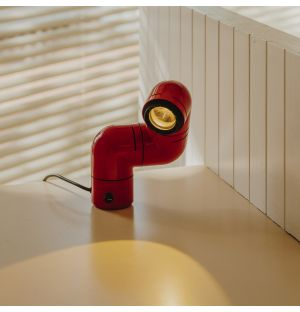 Tatu Table Lamp in Red