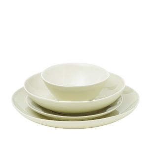 Pintura Washed Dinnerware Collection in Sage