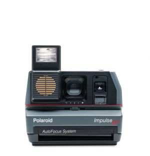 600 Impulse Autofocus Instant Camera
