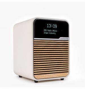 R1 MK4 Deluxe Bluetooth Radio in White