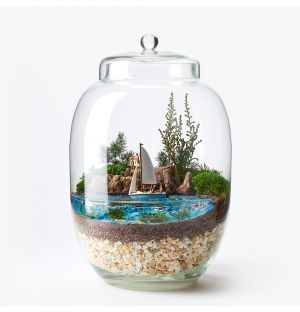 Couple On A Boat Terrarium
