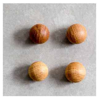 Ball Magnets 4 Pack Oak